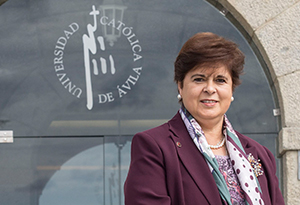 Dra. María del Rosario Sáez Yuguero