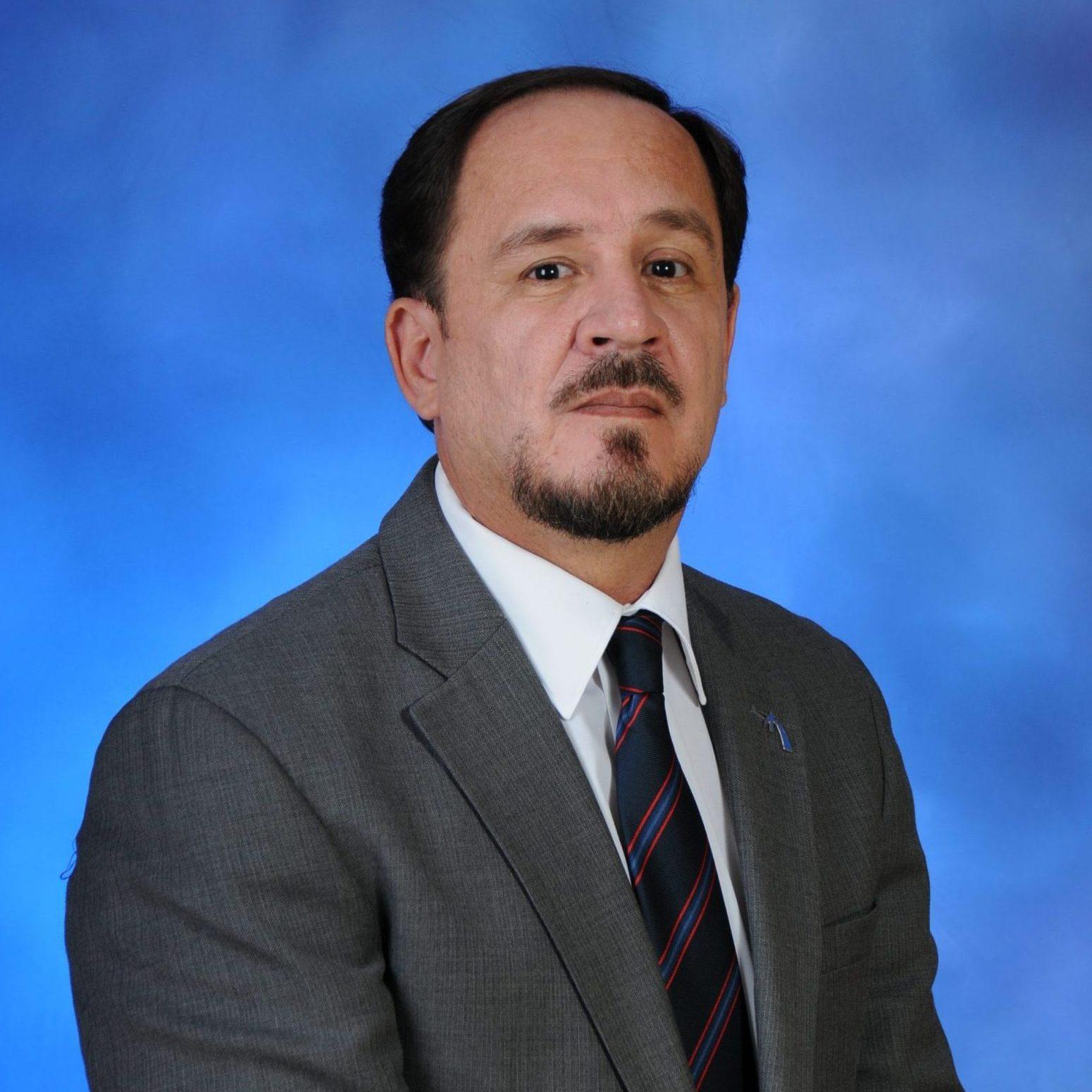 Dr. Hernán Vera Rodríguez